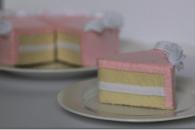 Pretty Pink Felt Cake