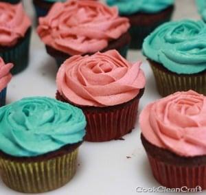 Cupcake Roses (3)_thumb[6]