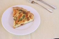 Sundried Tomato & Feta Quiche {Recipe}