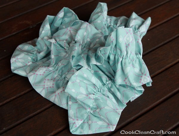 Sew a ruffled scarf tutorial (10)