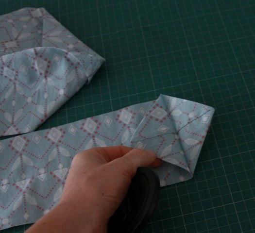 Sew a ruffled scarf tutorial (7)