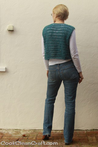 Cropped Knitted Vest (6)
