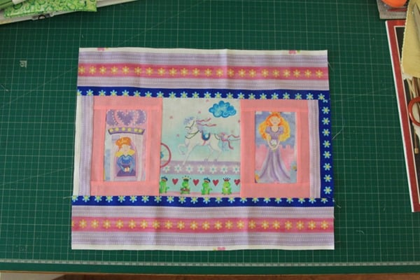 How to sew a laminated cotton placemat (2)