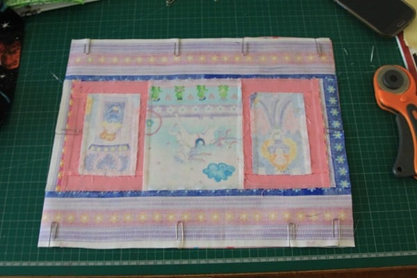How to sew a laminated cotton placemat (4)