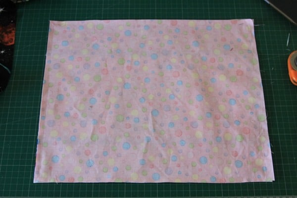 How to sew a laminated cotton placemat (5)