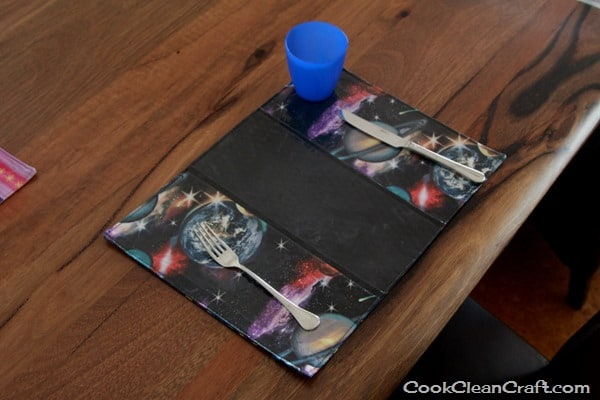 Sew a Laminated Placemat (8)
