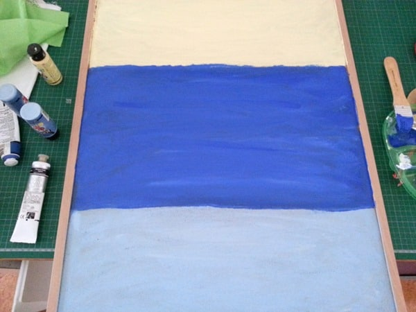 Paint a beach scene on corkboard (5)