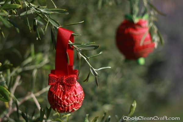 Smocked Christmas Decorations (1)