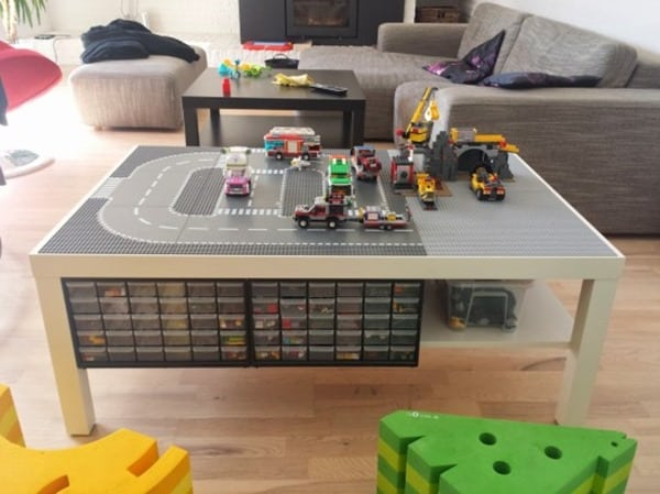 lego-table-1362-x-1022-550x412