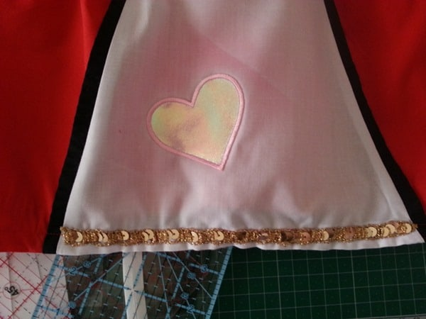 Sew a Queen of Hearts Dress (20)
