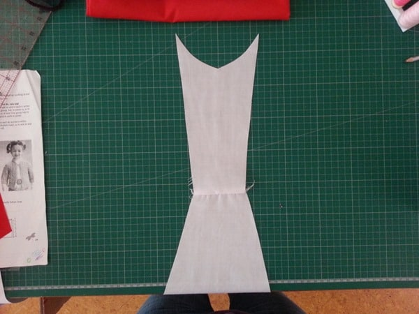 Sew a Queen of Hearts Dress (3)