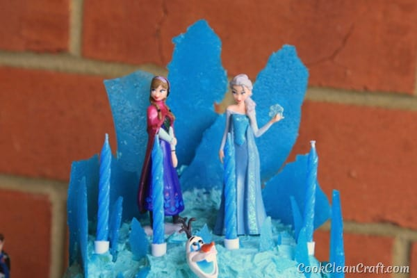 Frozen Elsa Ice Palace Cake-001