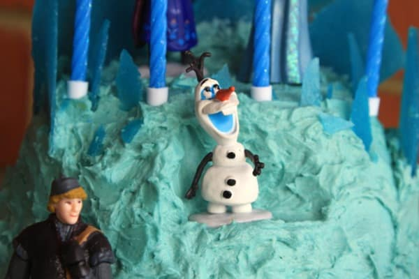 Frozen Elsa Ice Palace Cake-002