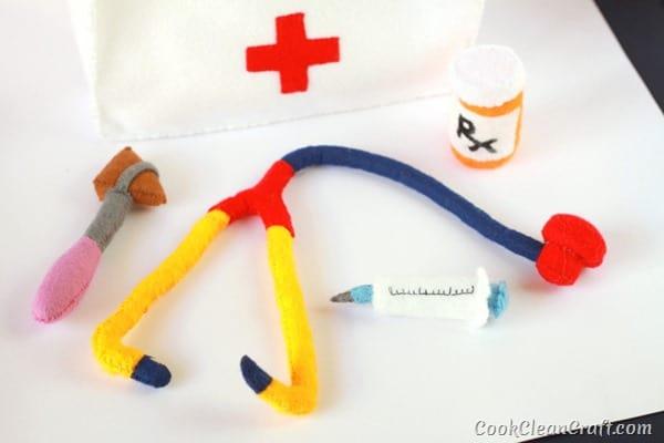 Felt Doctor's Kit (1)