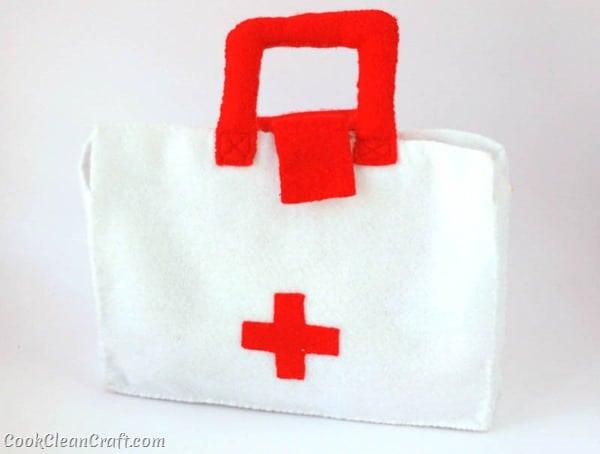 Felt Doctor's Kit (7)