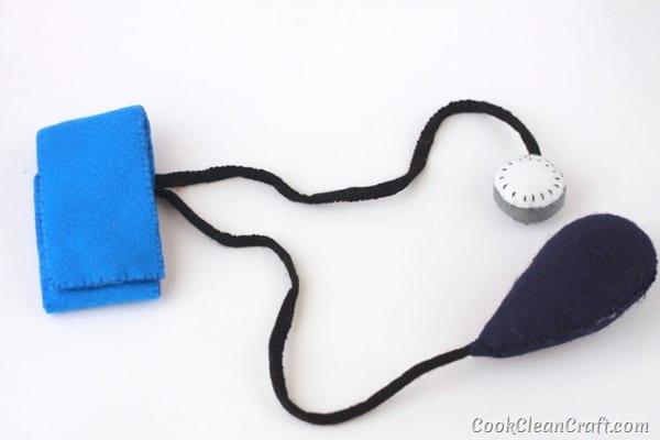 Sew a Toy Blood Pressure Cuff-019
