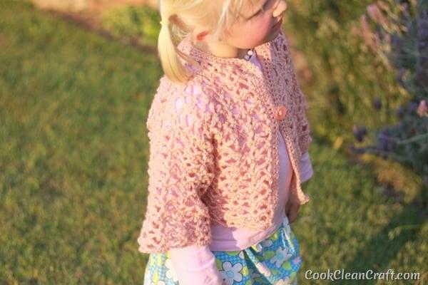 Little Girl Lacy Crochet Cardigan (1)