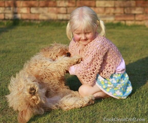 Little Girl Lacy Crochet Cardigan (2)
