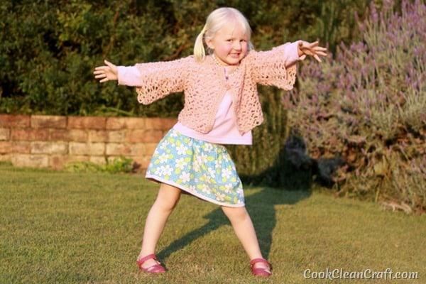 Little Girl Lacy Crochet Cardigan (6)