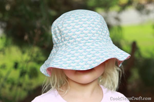 Oliver S Bucket Hat with elastic (13)
