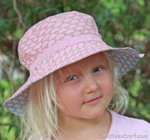 Oliver S Bucket Hat with elastic