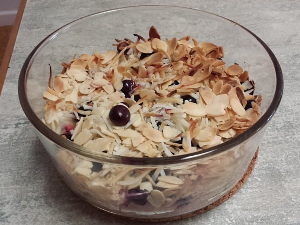 Whole30 Apple Blueberry Crumble breakfast