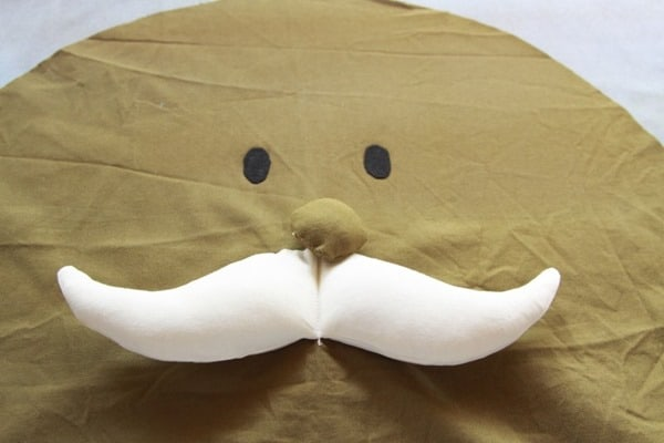 How to sew a Mr Men Costume (23)