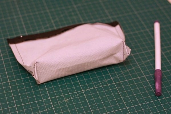How to sew a waterproof zip pouch (22)