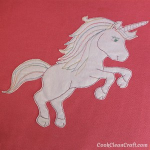 How to free motion applique a unicorn with free template