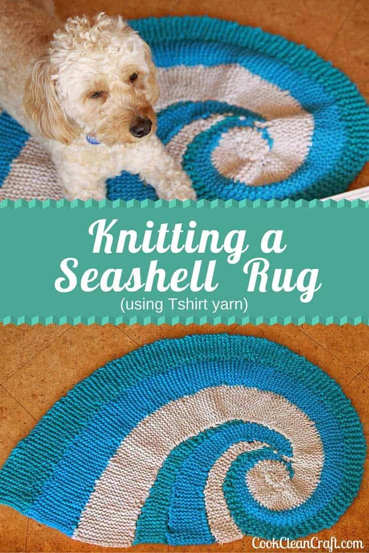 How to knit a seashell rug using Tshirt yarn. Great idea for an inside door mat. So easy to make, even for the beginner knitter!