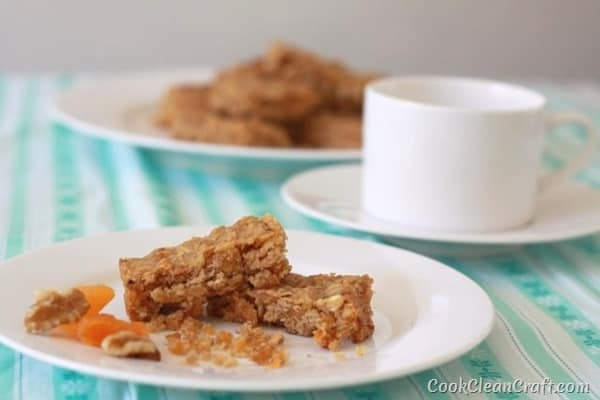 This apricot walnut slice is quick, tasty, and mostly healthy slice to feed the kids, make as a gift or just enjoy with a cup of tea.